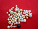 1982-bahrain-pearls